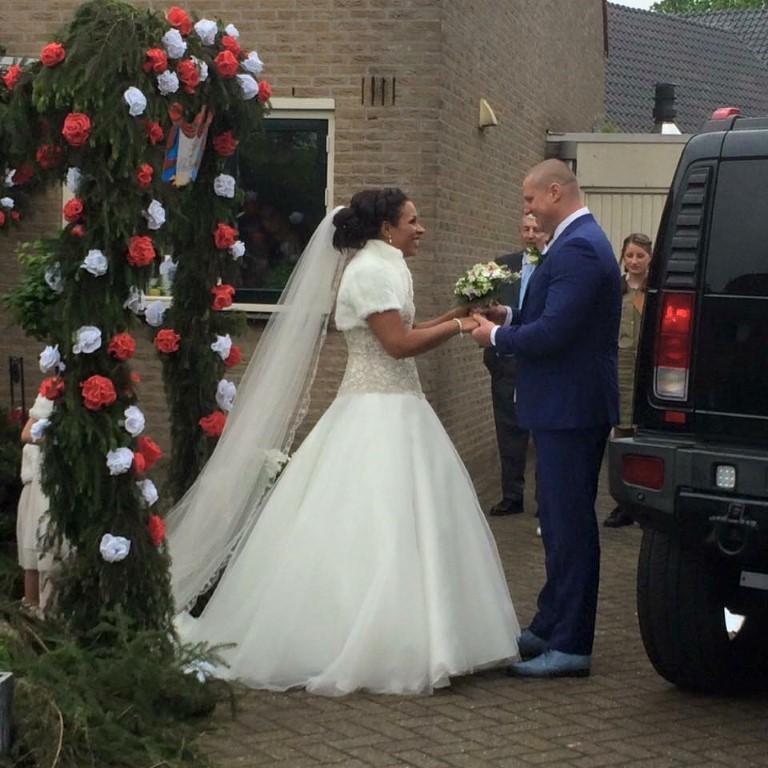 trouwkostuum bruidsjurk
