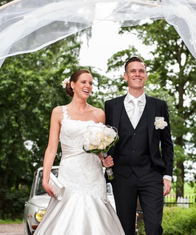 bruidspaar Sam's Bruidsboetiek