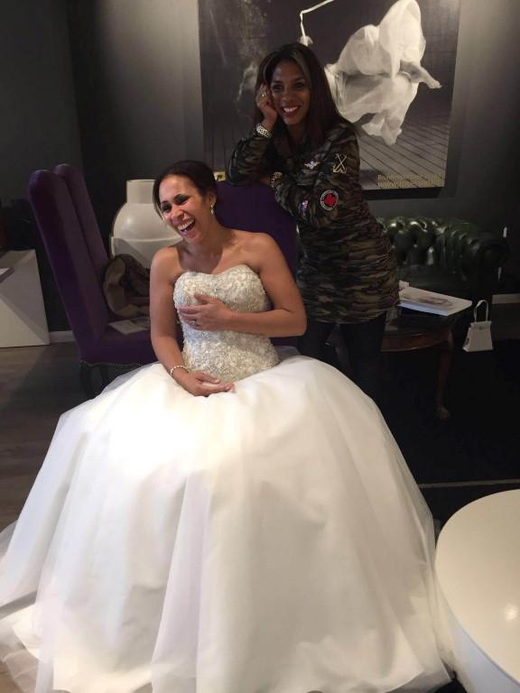 happy bride enschede